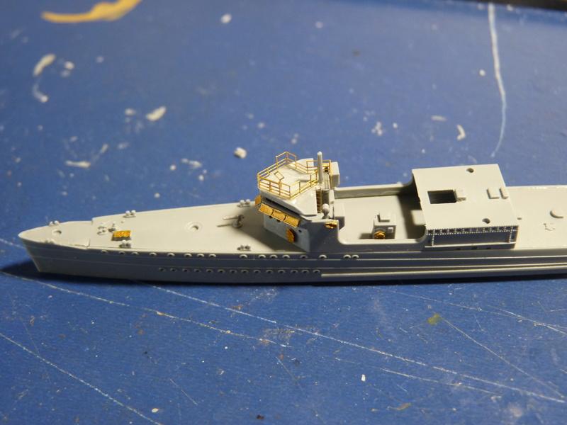USS Badger - DD 126 1/700 FLYHAWK   P1100966