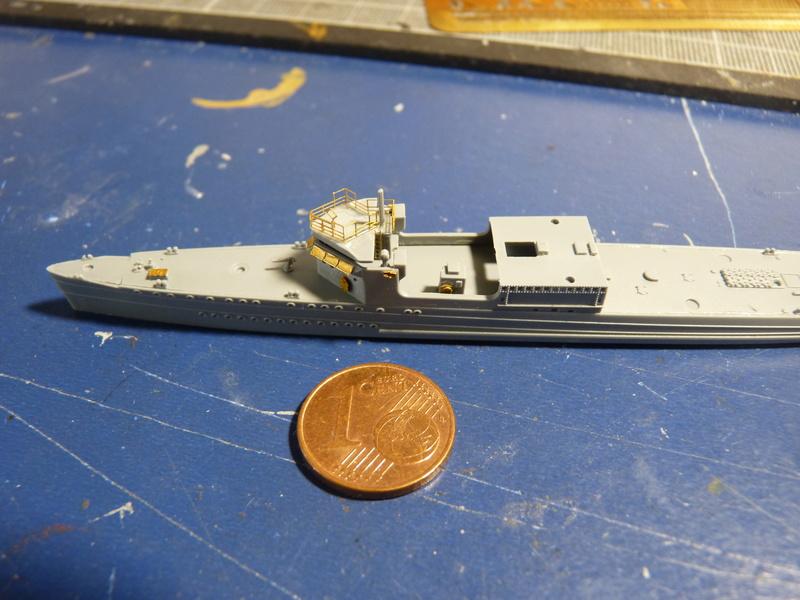 USS Badger - DD 126 1/700 FLYHAWK   P1100968
