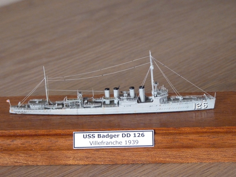 Mes maquettes US Navy - Page 2 P1110030