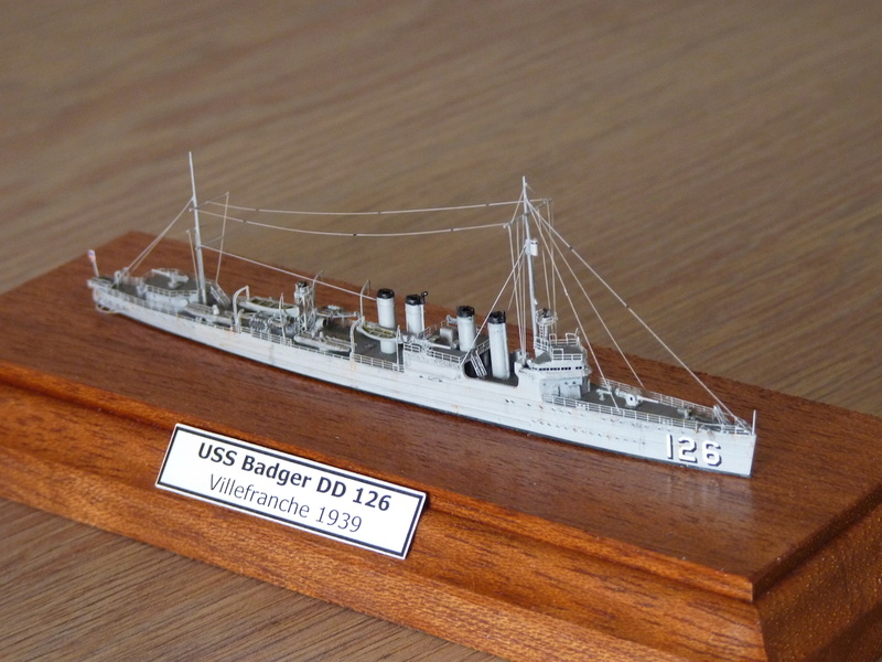Mes maquettes US Navy - Page 2 P1110032
