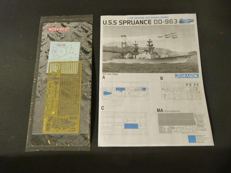 USS Comte de Grasse - DD 974 1/700 DRAGON P1110037