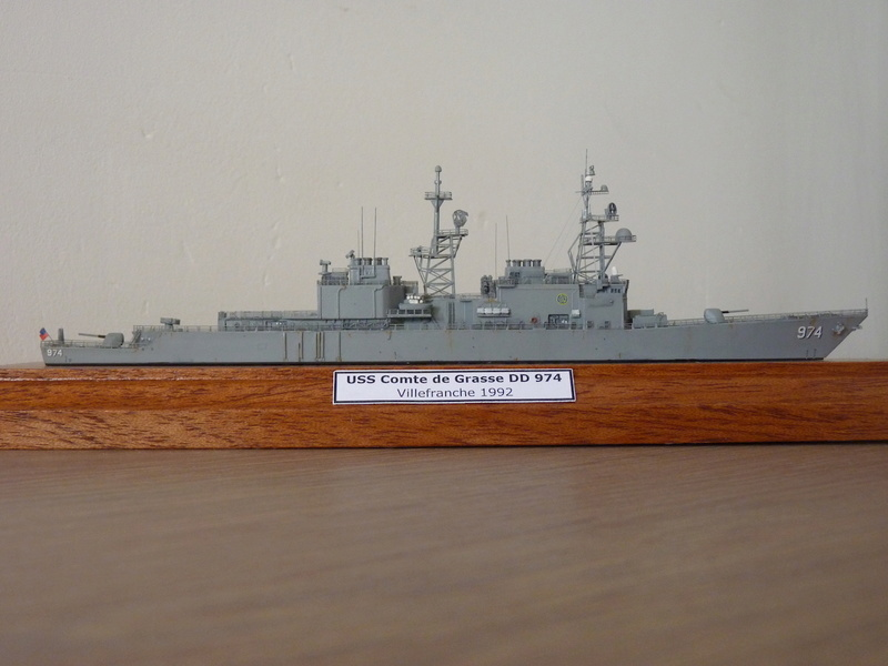 Mes maquettes US Navy - Page 2 P1110231