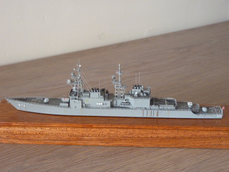 Mes maquettes US Navy - Page 2 P1110232