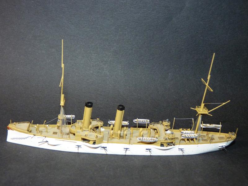 USS Chicago - croiseur protégé 1/700 COMBRIG - Page 4 P1110911