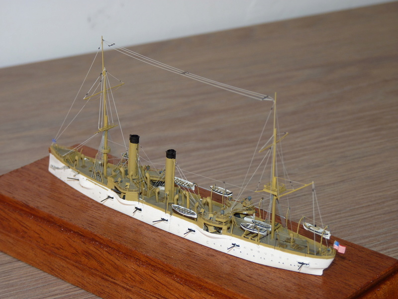 Mes maquettes US Navy - Page 2 P1110938