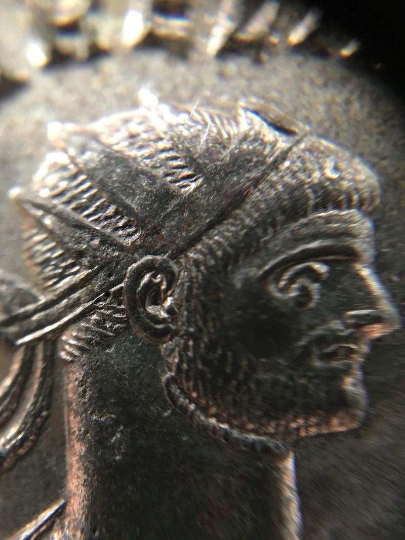 Aureliano de Aureliano. CONCORDIA MILITVM. Concordia y emperador. Siscia 3e0ae910