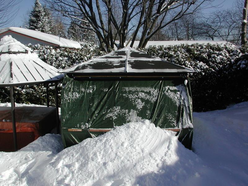 abris - Abris d'été adapté pour l'hiver. Dscn7929