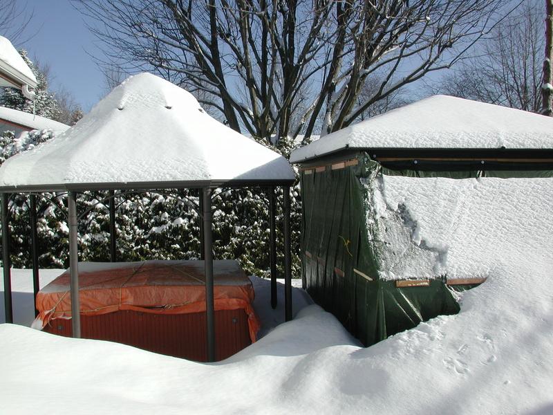 abris - Abris d'été adapté pour l'hiver. Dscn7932