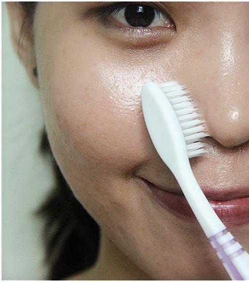 Công dụng của bàn chải đánh răng cũ Eva1310