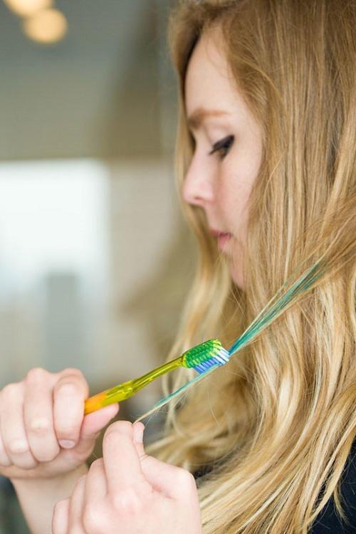 Công dụng của bàn chải đánh răng cũ Eva1810