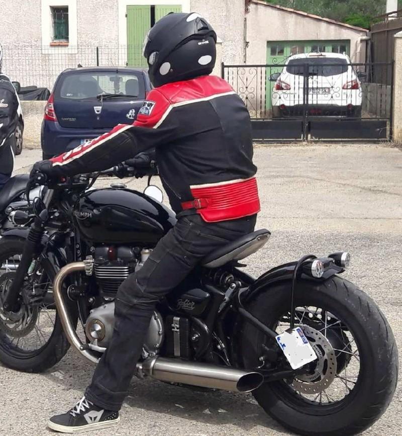 Question : Look Urbain ou look Cosmonaute pour ceux qui roulent à moto sur route? Img_2025