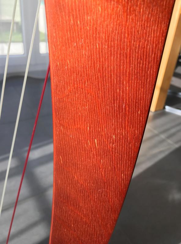 Conseil sur l'entre d'une harpe Bardic qui a été inutilisée depuis deux ans 38404b10