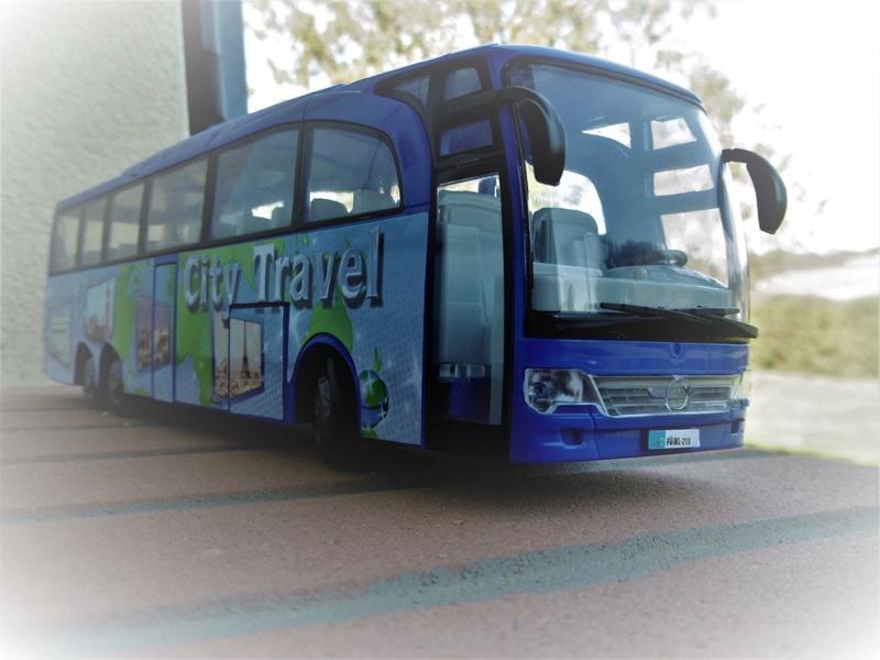 Les cars et bus miniatures P1200510