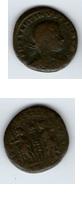 AE3 de Constantino II. GLORIA EXERCTVS con dos estandartes entre dos soldados. Sin_ty16