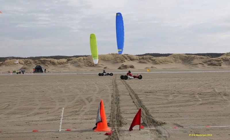 Nouveau proto Race kite Peter Lynn : Aero 2 Aero2_10