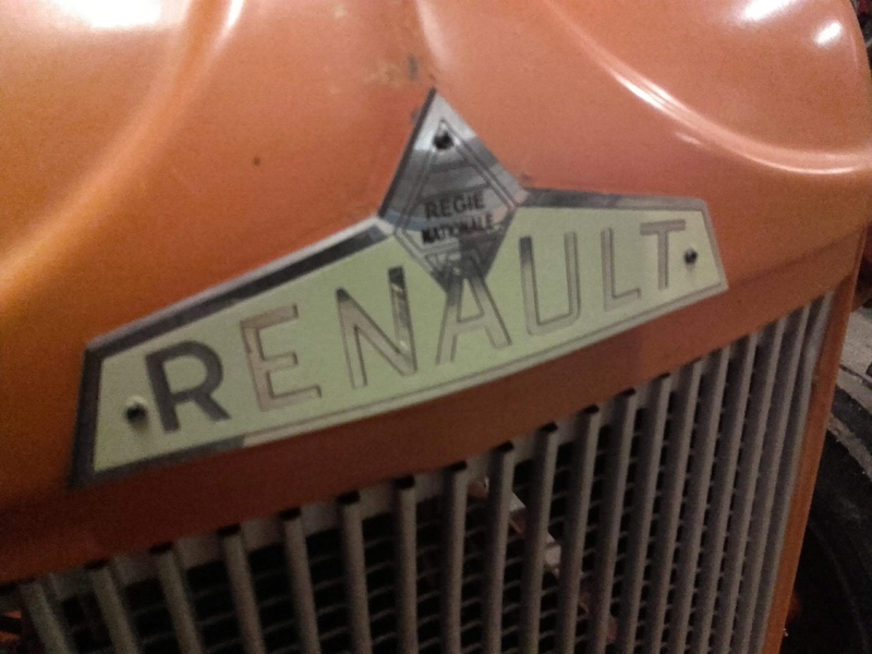 Reproduction de logo Régie Nationale Renault  4b188310