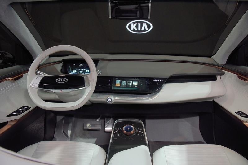 Kia elétrico 2018 (Niro EV) Interi10