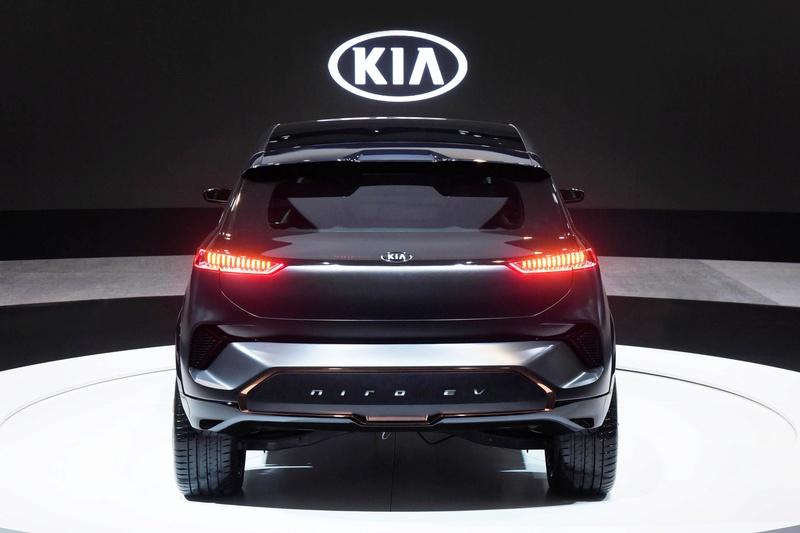 Kia elétrico 2018 (Niro EV) Tras10