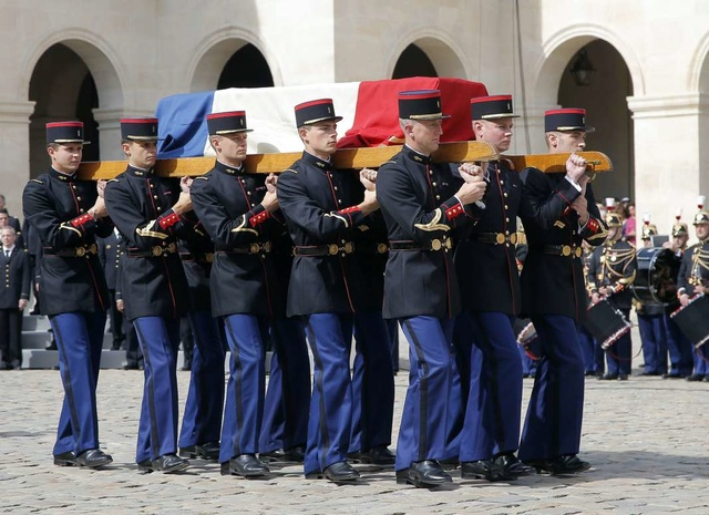 COLONEL ARNAUD BELTRAME - HOMMAGE NATIONAL AUX INVALIDES 72a75810