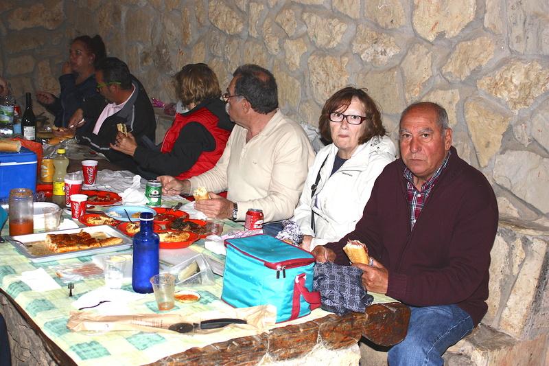 Salida 19 de mayo por la sierra de Cuenca y Guadalajara - Página 2 Img_2011