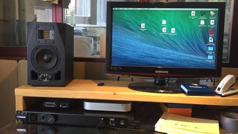Quien usa monitores de estudio ? Comentamos que modelos tenemos y que tal nos van ?  C216c610