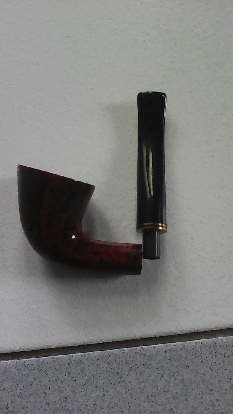 Pipe design Berlin et tabac la brumeuse [TERMINÉ]  15189511