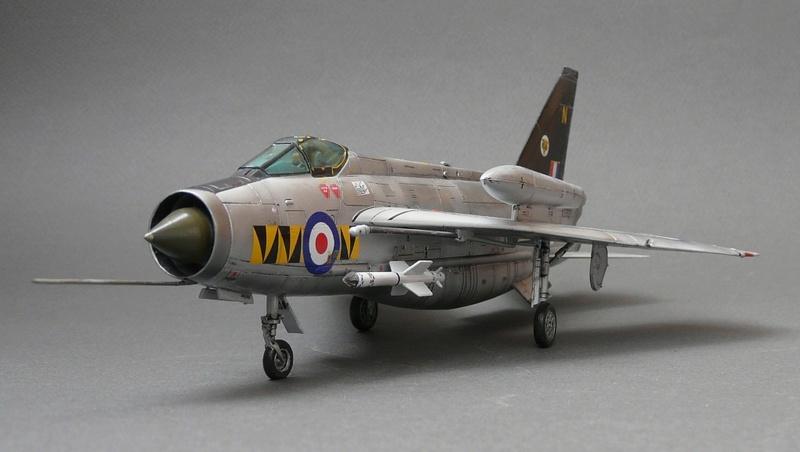 Lightning F.6,Airfix, 1\72. P1090621