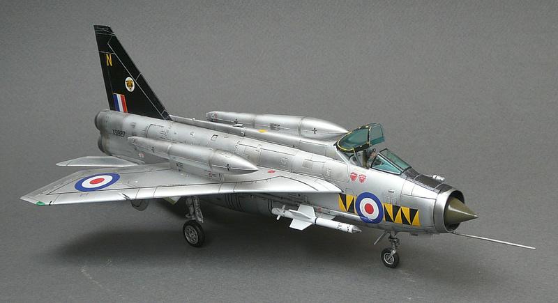 Lightning F.6,Airfix, 1\72. P1090624