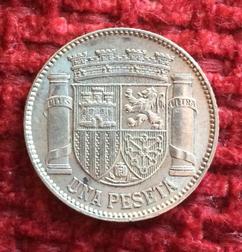 1 peseta 1933. II República. ¿cuál es el grado de conservación que le corresponde?  Image39