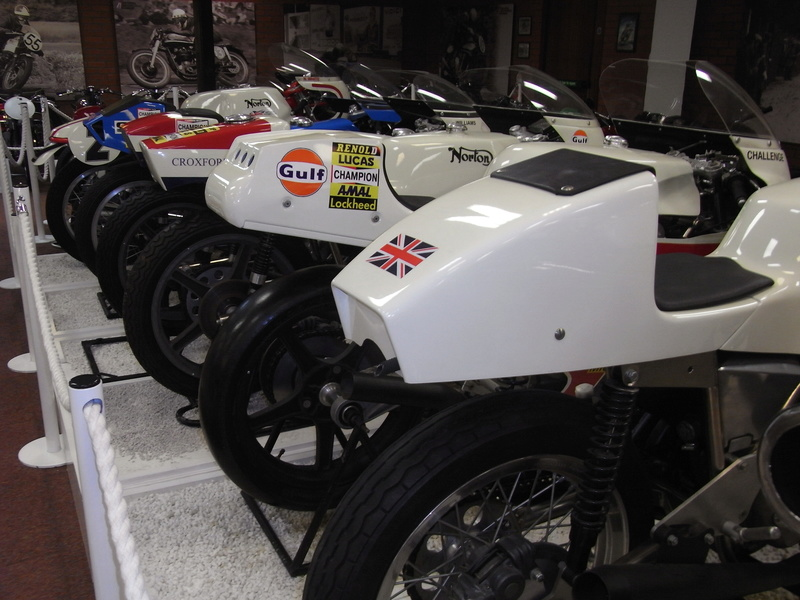 Triumph factory visit met BMC  Rimg0012