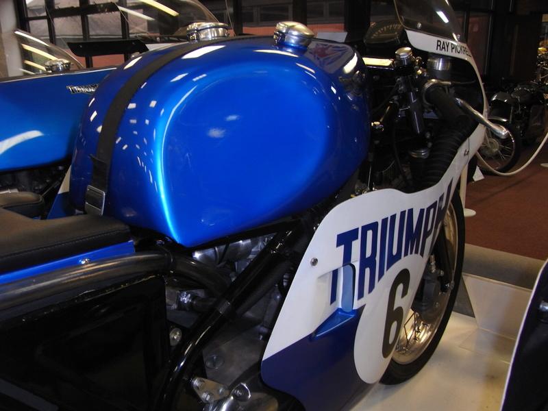 Triumph factory visit met BMC  Rimg0013