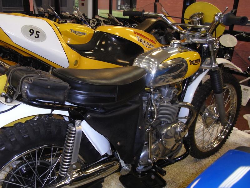 Triumph factory visit met BMC  Rimg0016