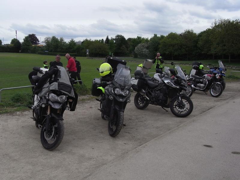 Triumph factory visit met BMC  Rimg0022