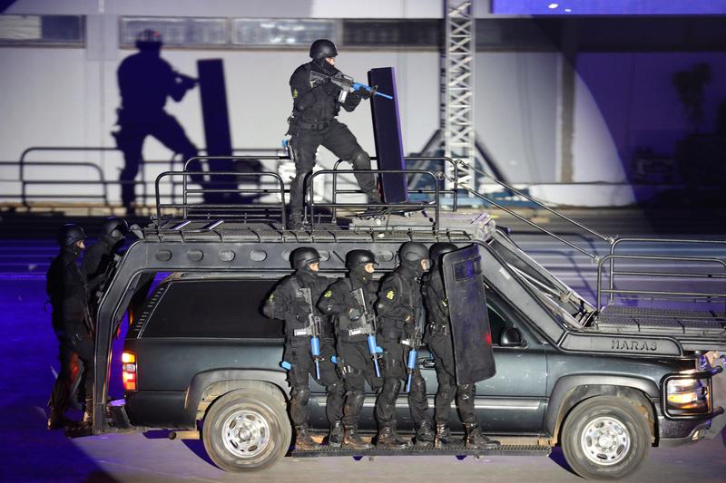 Moroccan Special Forces/Forces spéciales marocaines  :Videos et Photos : BCIJ, Gendarmerie Royale ,  - Page 14 28278510