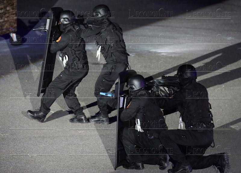 Moroccan Special Forces/Forces spéciales marocaines  :Videos et Photos : BCIJ, Gendarmerie Royale ,  - Page 14 62-ans13