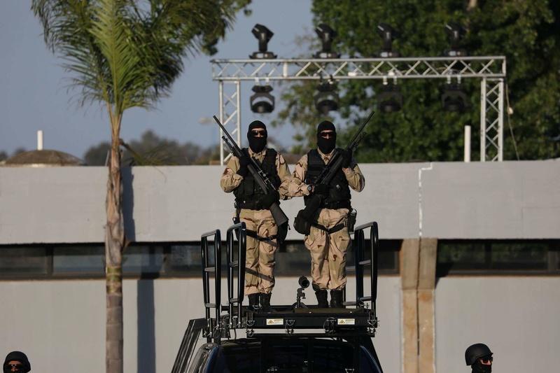 Moroccan Special Forces/Forces spéciales marocaines  :Videos et Photos : BCIJ, Gendarmerie Royale ,  - Page 13 Receiv24