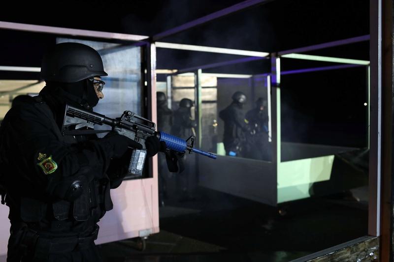 Moroccan Special Forces/Forces spéciales marocaines  :Videos et Photos : BCIJ, Gendarmerie Royale ,  - Page 14 Receiv25