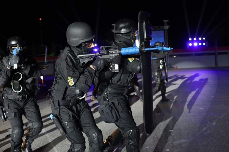 Moroccan Special Forces/Forces spéciales marocaines  :Videos et Photos : BCIJ, Gendarmerie Royale ,  - Page 14 Receiv26