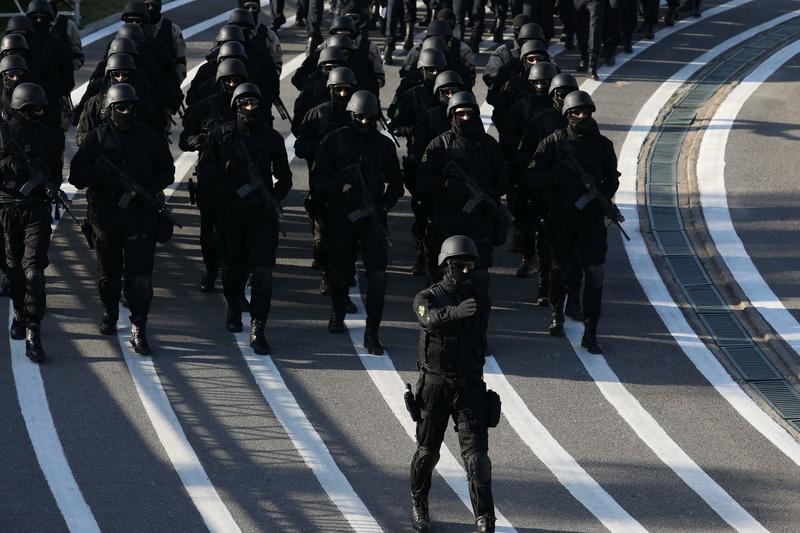 Moroccan Special Forces/Forces spéciales marocaines  :Videos et Photos : BCIJ, Gendarmerie Royale ,  - Page 14 Receiv29