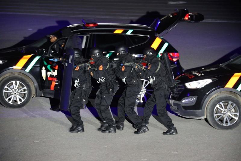 Moroccan Special Forces/Forces spéciales marocaines  :Videos et Photos : BCIJ, Gendarmerie Royale ,  - Page 14 Receiv32