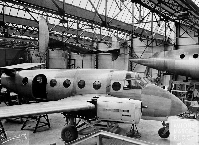 Le cageot devient un hangar, il est fini!!!!! - Page 3 Env00010