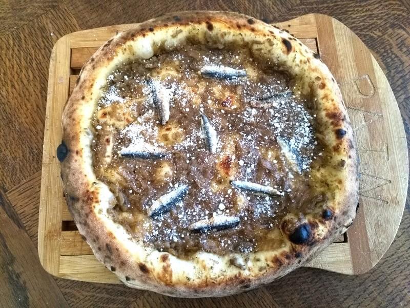 La vera pizza napoletana Img_2037