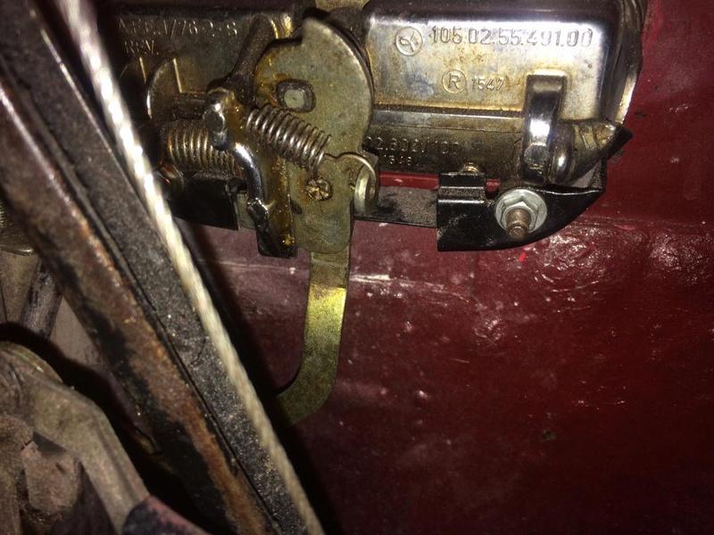Réglage de la serrure sur coupé Bertone Thumbn10