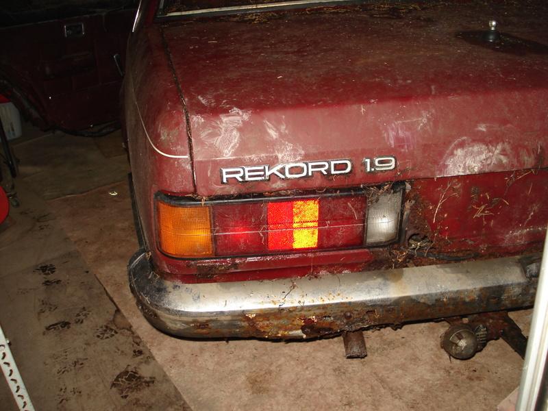 Restauration Rekord E1. Dsc07023