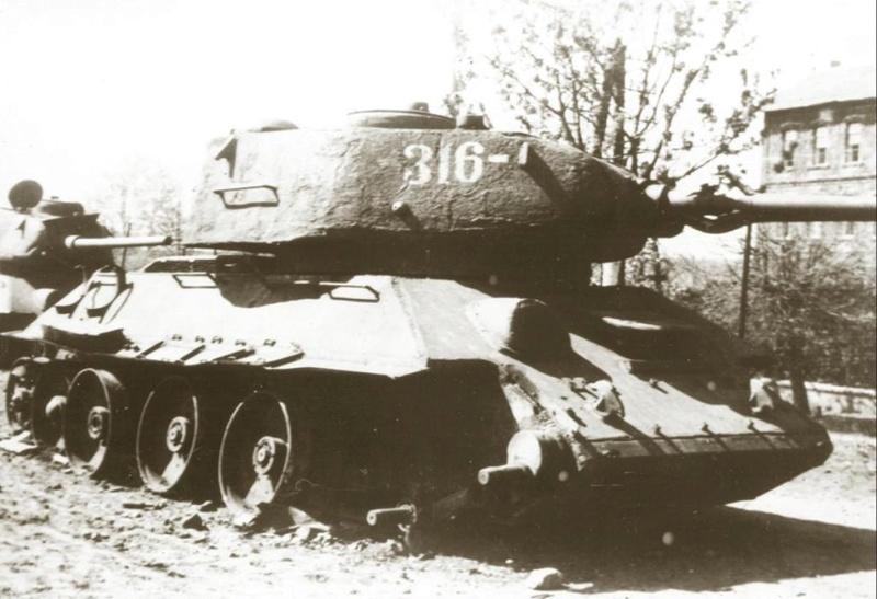 """Т-34/85 """"Мстители Донбасса"""" ГОТОВО 0_14a613"""