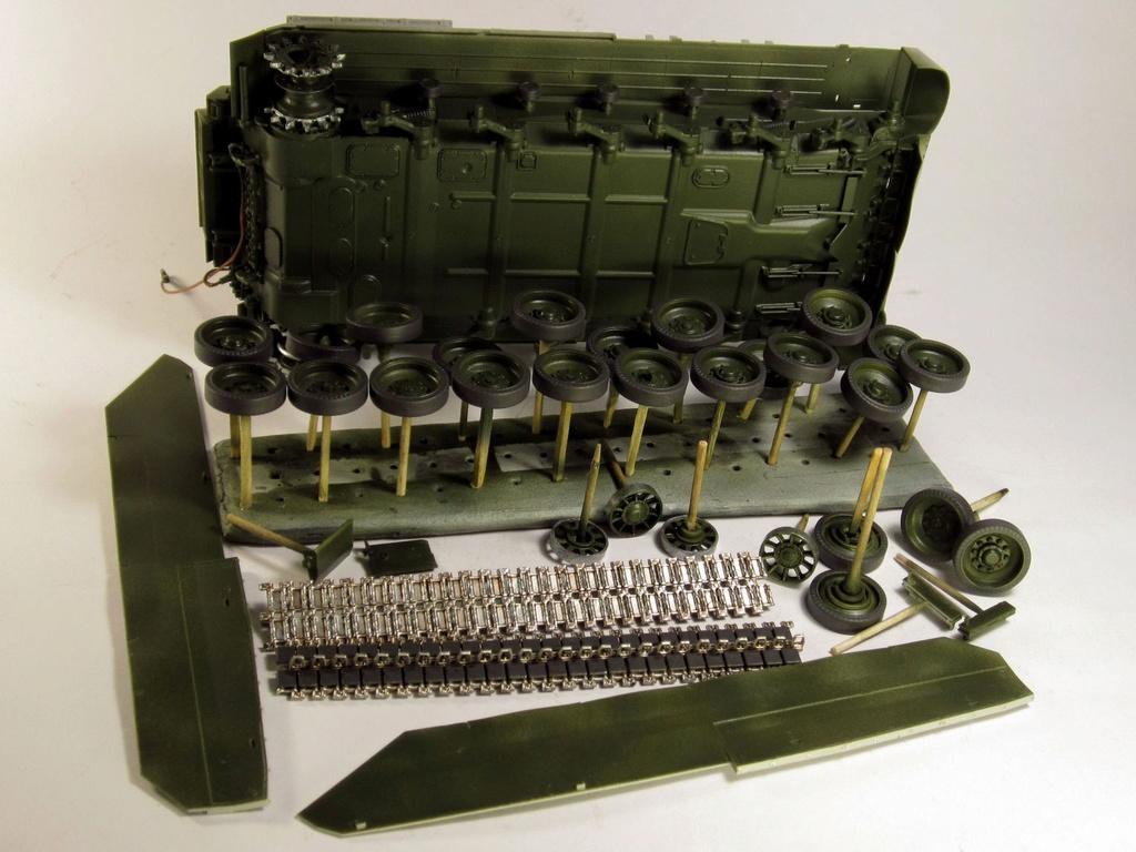 """Т-84 """"Оплот"""" Trumpeter 09511 м 1:35 Img_1838"""
