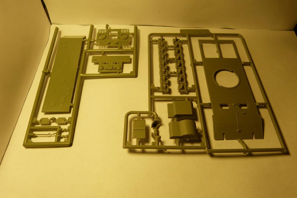 Bausatzreview 12,8cm Waffenträger auf E-100 P1050411
