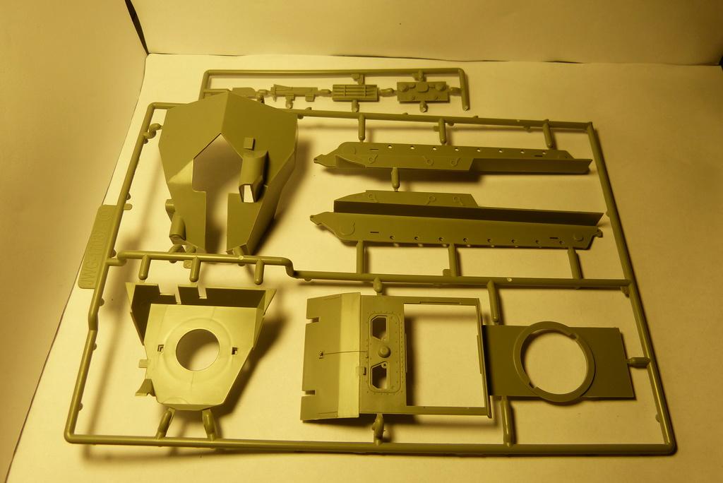 Bausatzreview 12,8cm Waffenträger auf E-100 P1050417