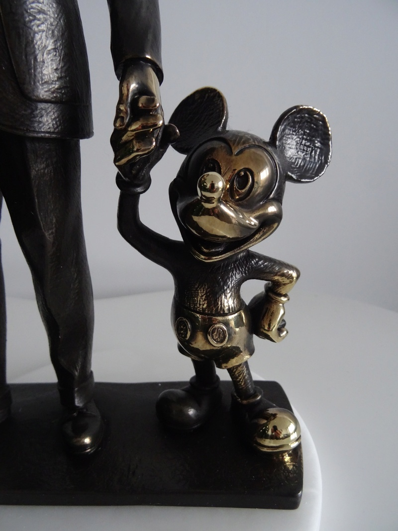 Update N°5 (31.01.18) ! : [Collection] Un aperçu de ma collection Disney/Disneyland Dsc04221