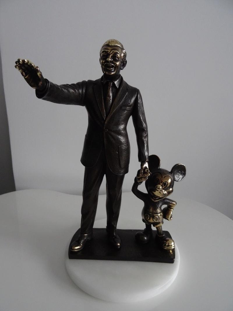 Update N°5 (31.01.18) ! : [Collection] Un aperçu de ma collection Disney/Disneyland Dsc04222